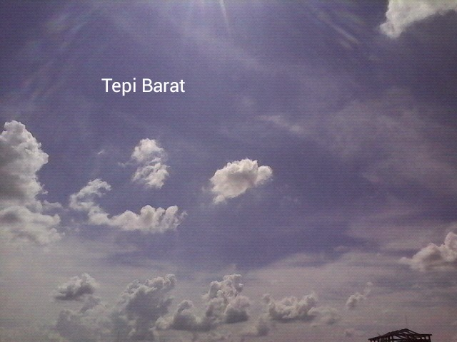 Menepis rindu memandang langit