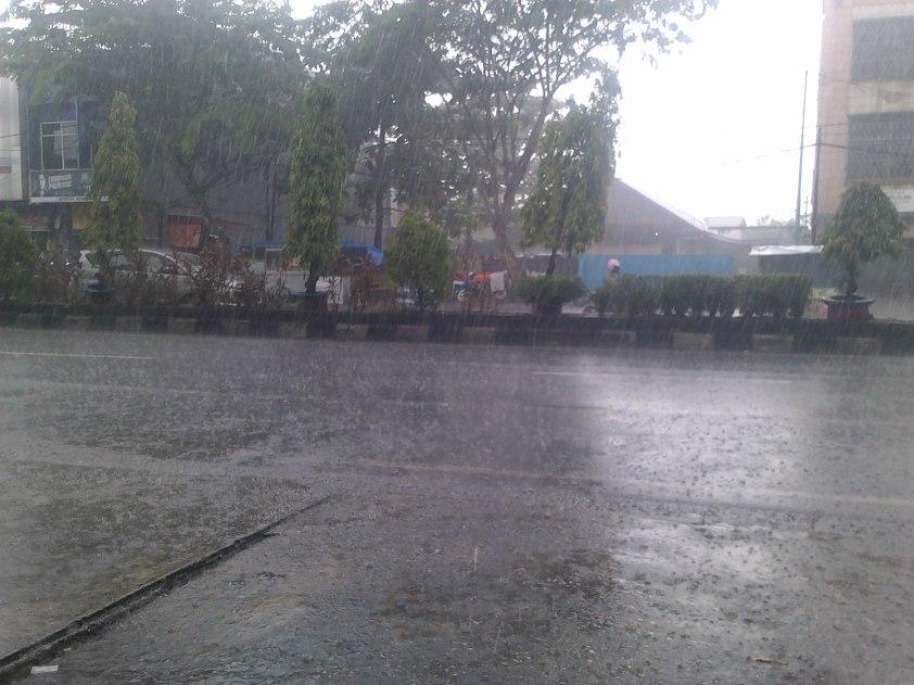 Hujan sore hari